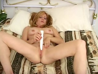 hot mother id like to fuck tonni