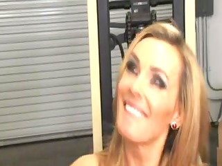 tight blonde mother id like to fuck office fuck