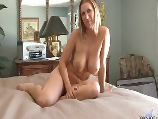 heavy tits love tunnel pounded
