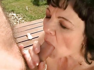 granny getting screwed outdoor