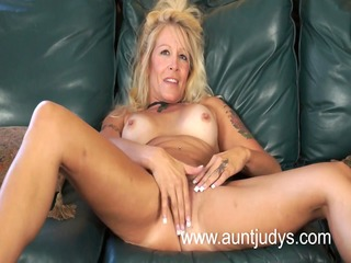 blonde mother id like to fuck housewife yvette