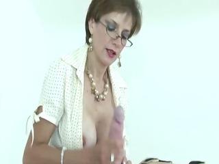 female-dominant lady sonia enjoys stroking off sub