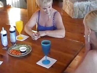 older girlgirlgirl food fight