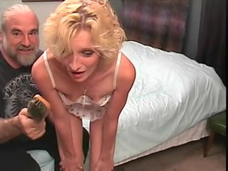 slinky blond mother id like to fuck gets a hard