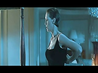 sexy celebrity jamie lee curtis dancing on a