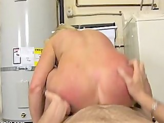 sex in the washing room 1