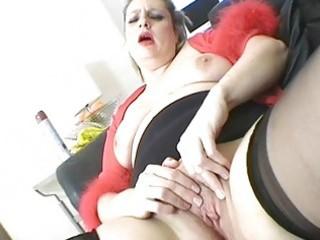 lustful blonde milf playgirl masturbates in hawt