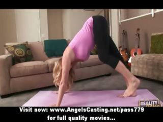 blond d like to fuck does yoga and blowjob for