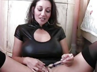 enormous chested mother i in nylons masturbates