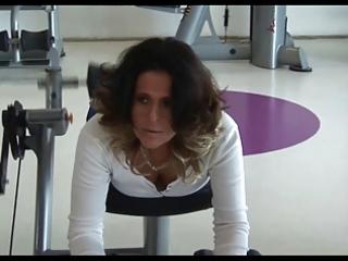 mature voyeur gymnastics part 3
