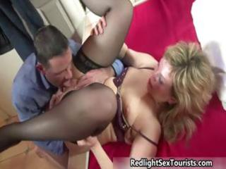 thick d like to fuck prostitute acquires her fur
