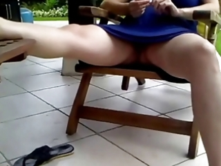 voyeur 56, a preggy mom resting, no pants (mrno)