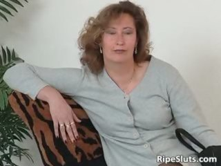 older wench in nylons use large dildo part9