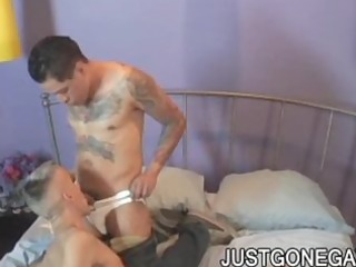 dilf drilled by latino tattooed gangster