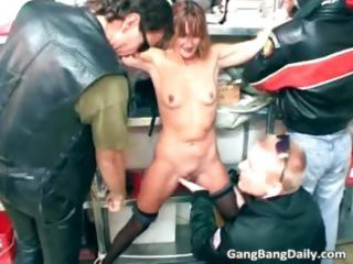 slim d like to fuck loves to be gangbanged by