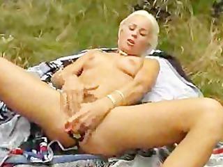 euro slut can her dildos