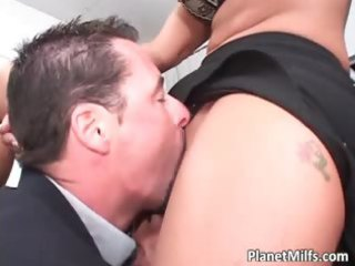 Great looking milf with incredible tits part3