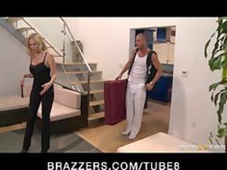 bigtit d like to fuck pornstar julia ann massaged