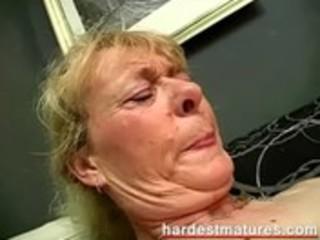 grandma engulfing dick whilst fingering